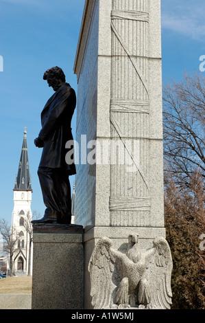 Lincoln Statue At Nebraska State Capitol Lincoln
