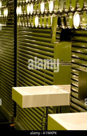 Second Floor Restaurant, Bar and Brasserie, Harvey Nichols, Manchester, 2003.  Restroom basin detail. - Stock Photo