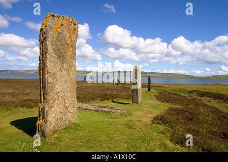 dh  RING OF BRODGAR ORKNEY Neolithic standing stones circle Loch of Harray - Stock Photo