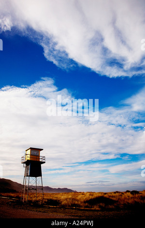 remote life guard station shut up for winter at ocean beach hawkes bay - Stock Photo