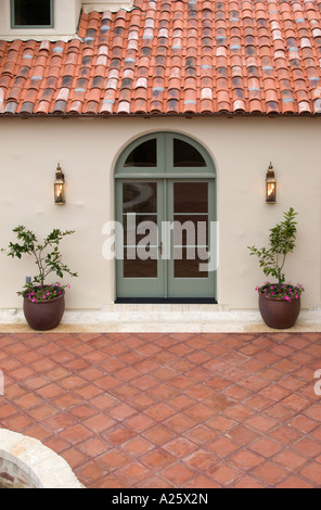 Spanish Colonial Style Patio Courtyard Old Town La Laguna
