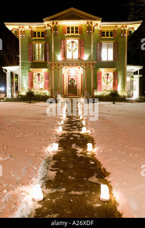 The Landmark Inn in Cooperstown New York is decorated for Christmas - Stock Photo