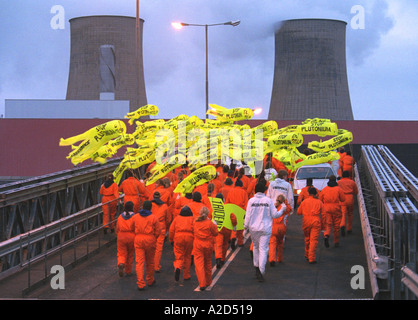 250 Greenpeace activists entered Sellafield nuclear reprocessing plant - Stock Photo