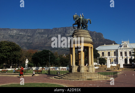 Devil wood memorial and the South African Museum in the Company's Gardens Cape Town South Africa - Stock Photo