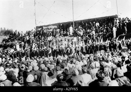 At a farewell meeting where he was called Mahatma Great Soul for the first time South Africa July 1914 - Stock Photo