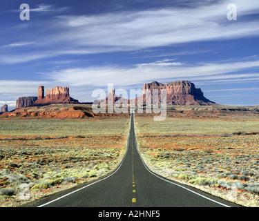USA - ARIZONA: Highway 163 crossing Monument Valley - Stock Photo