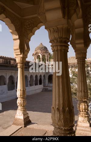 India Rajasthan Jodhpur Maha Mandir the great temple columned exterior and surrounding protective wall - Stock Photo