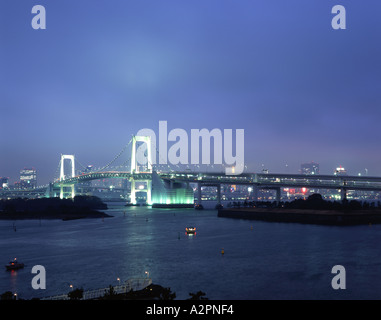 The  that connects central Tokyo to Daiba over Tokyo harbor - Stock Photo