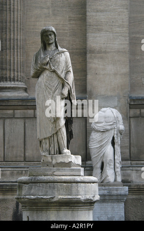 Ancient statues in the courtyard of the Archaeological museum in Istanbul, Turkey - Stock Photo