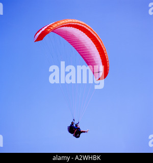 Paragliders paragliding Tandem near Clover Point, Victoria, BC, Vancouver Island, British Columbia, Canada - Stock Photo