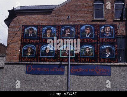 Belfast Falls rd IRA mural - Stock Photo