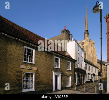 Stowmarket Market place and alleyway leading up to chruch of St Peter and St Mary - Stock Photo