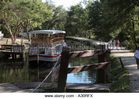 Canal boat at the dock on the C&O Canal at Great Falls in Maryland - Stock Photo