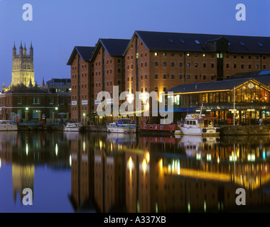 Gloucester Docks at night - Merchants Quay is on the right - Stock Photo