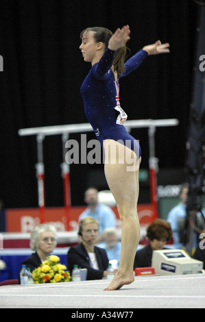 elizabeth tweddle british number one female gymnast competing on floor - Stock Photo