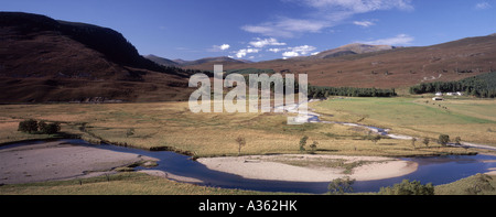 The confluence of the Rivers Dee and Quoich near Braemar, Aberdeenshire, Grampian. Scotland. GPAN 0028 - Stock Photo