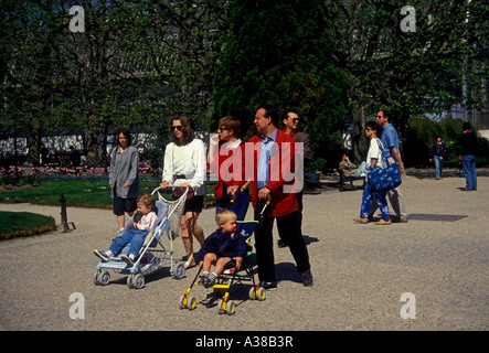 French people, mother and father, child, children, family, families, tourists, visitors, visiting, botanical gardens, - Stock Photo
