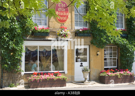 The Old Stocks Hotel in the Market Square at the Cotswold town of Stow on the Wold, Gloucestershire - Stock Photo