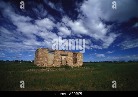 ruined home 0225 - Stock Photo