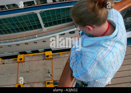 Cruise Ship Passengers Looking At The Carnival Conquest Cruise Ship Stock Photo 78351204 Alamy