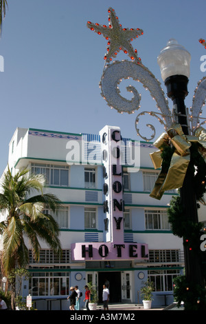 Florida, FL, South, Miami Beach, SoBe, 'South Beach', Art Deco District, 'Ocean Drive', lamppost, Christmas decoration, - Stock Photo