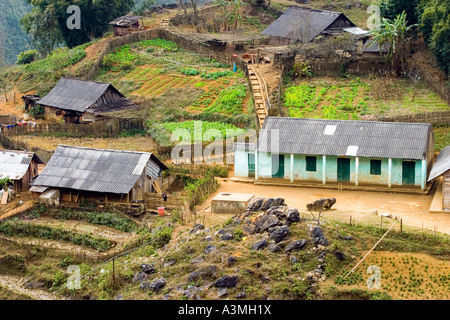 School in a village near of Sapa - Stock Photo