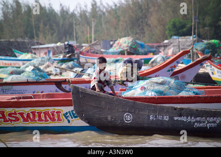 India tamil nadu state the village of kotagiri in the for Circle fishing boat