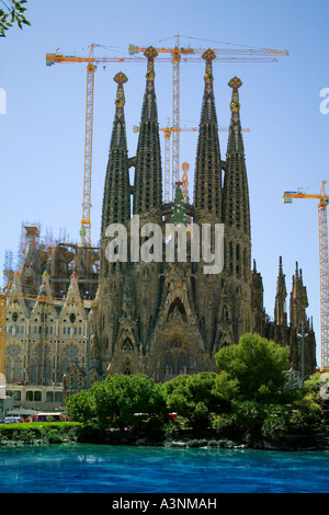 The unfinished church in Barcelona designed by Gaudi - Stock Photo