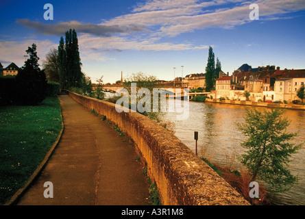 france picardy ile de france oise  river oise compiegne - Stock Photo