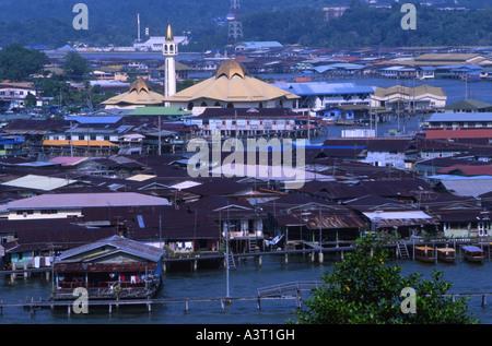 The stilt villages of Kampung Ayer on the Brunei River in Bandar Seri Begawan Brunei - Stock Photo