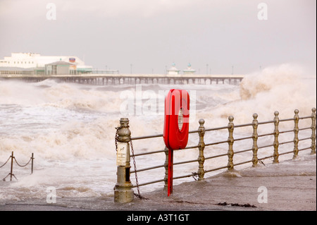 Blackpool being battered by a storm that swept across England on 18th Jan 2007 killing 13 people in hurricane force - Stock Photo