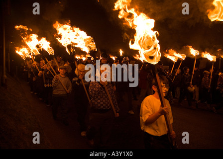 dh Up Helly Aa LERWICK SHETLAND Parading torches Junior Guizer fire procession Viking galley burning parade - Stock Photo