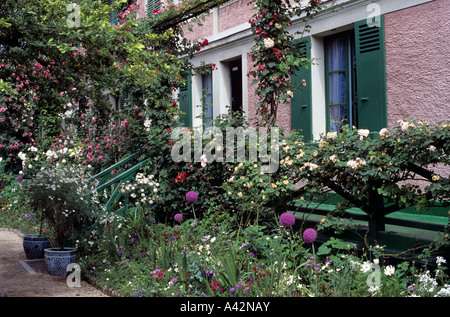 Garden at the house of Claude Monet at Giverny which is situated in the departement of Eure 27 France - Stock Photo