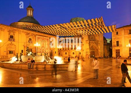 SPAIN  VALENCIA  PLAZA DE LA VIRGEN ILLUMINATED AT NIGHT - Stock Photo