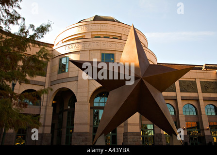 TEXAS Austin Exterior of Bob Bullock Texas State History Museum large Lone Star sculpture in front - Stock Photo