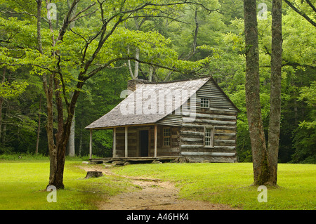 ... Carter Shields Cabin Cades Cove Great Smoky Mountains National Park  Tennessee   Stock Photo