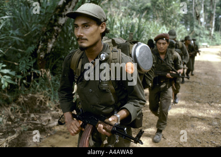kisan anti sandinista rebels miskito indian contras leaving for mission 1986 - Stock Photo