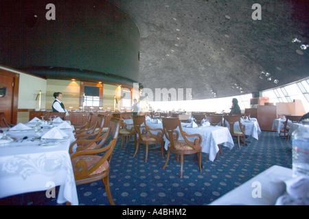 Kuwait - The delightful main restaurant in Kuwaiti Towers - Stock Photo