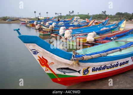 India tamil nadu state fishing boats in pichavaram which for Circle fishing boat