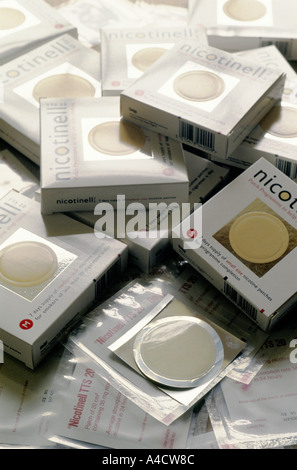 SMOKESTOP' LUNDY ISLAND 1994, NICOTINELL SKIN PATCHES WHICH THE MAJORITY OF THE SMOKESTOPPERS USED TO HELP THEM - Stock Photo