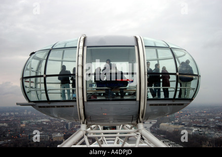 Suspended capsule on the BA London Eye one of thirty two London South Bank - Stock Photo