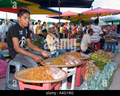 Malaysia Borneo Sabah Kota Kinabalu Filipino Market chilli stall - Stock Photo