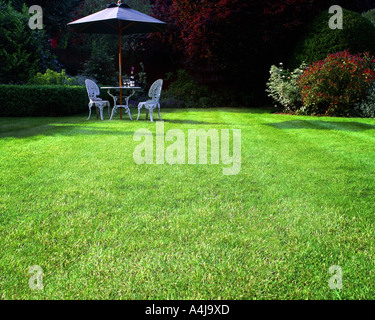 GB - GLOUCESTERSHIRE:  Garden Scene at Parkgate in Cheltenham - Stock Photo