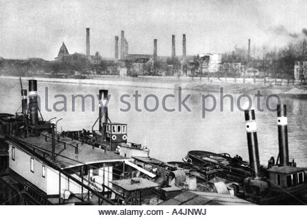 The Seine and the quays at Bercy Paris 1931  - Stock Photo