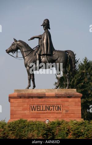 duke of wellington wellington statue on horseback aldershot england uk gb - Stock Photo