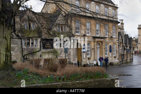 February 2007 Bradford on Avon Wiltshire UK The Bridge Tea Rooms and Georgian Lodge - Stock Photo