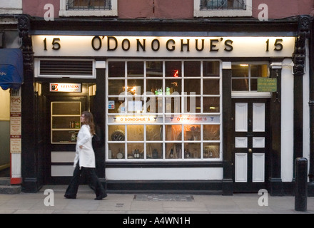 O'Donoghue's public house in Dublin Ireland - Stock Photo