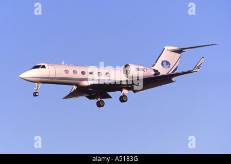 Gulfstream G-IV private jet laning at Luton Airport, UK - Stock Photo
