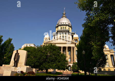 ILLINOIS Springfield State of Abraham Lincoln on grounds of State Capitol building silver dome governmental offices - Stock Photo