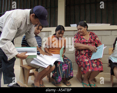 Painet ip1949 honduras adult literacy class banadero danli country developing nation less economically developed - Stock Photo